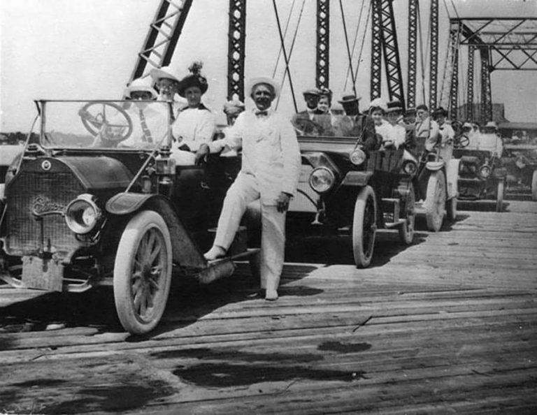 First cars to cross the Collins Bridge, June 12, 1913 (HistoryMiami)