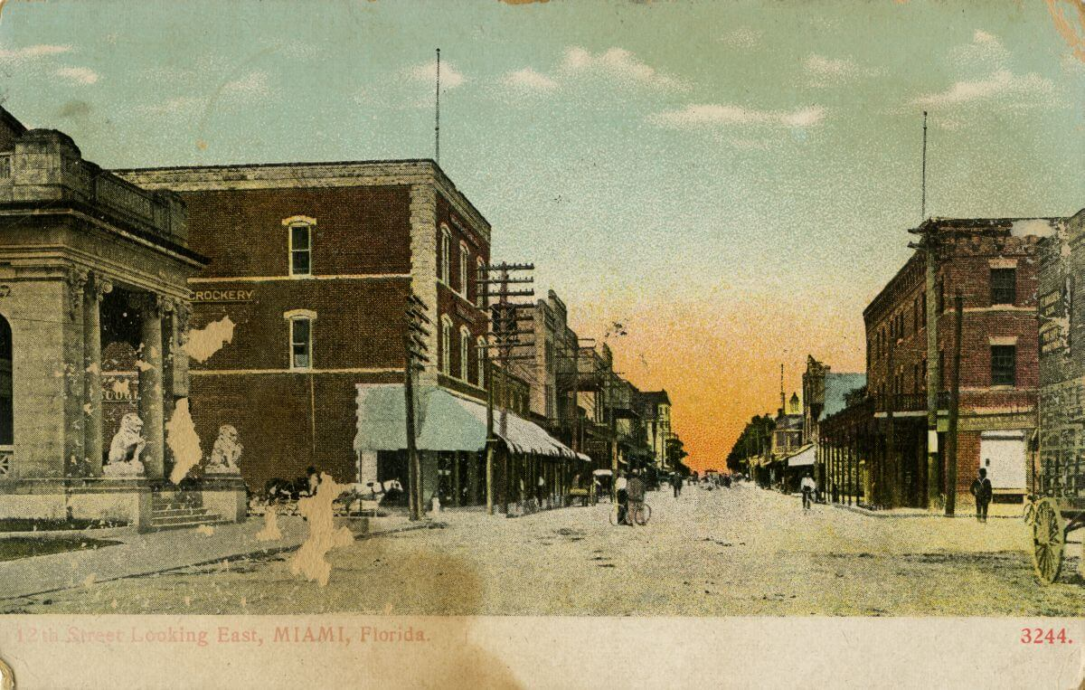 Postcard of early Miami along 12th Avenue, today's Flagler Street. (State Archives of Florida)